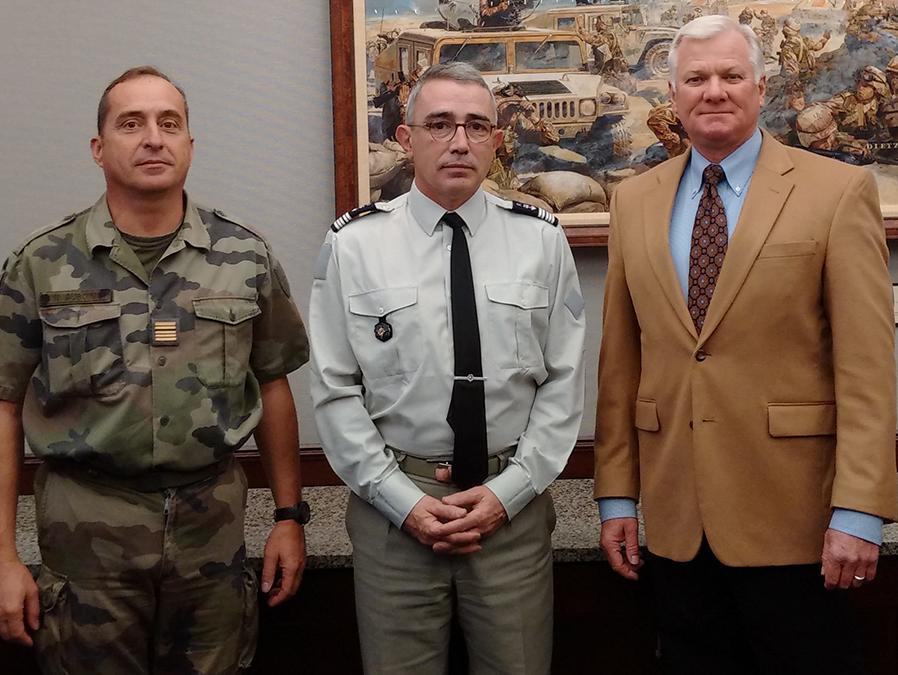 French war college professor visits Fort Leavenworth