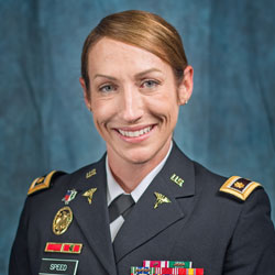 Harris Leadership award goes to Army nurse