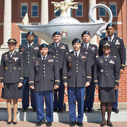 Nine warrant officers graduate CGSOC Class of 2017