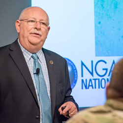 InterAgency Brown-Bag Lecture features NGA