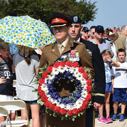 U.S.-UK students participate in 2018 Memorial Day celebration