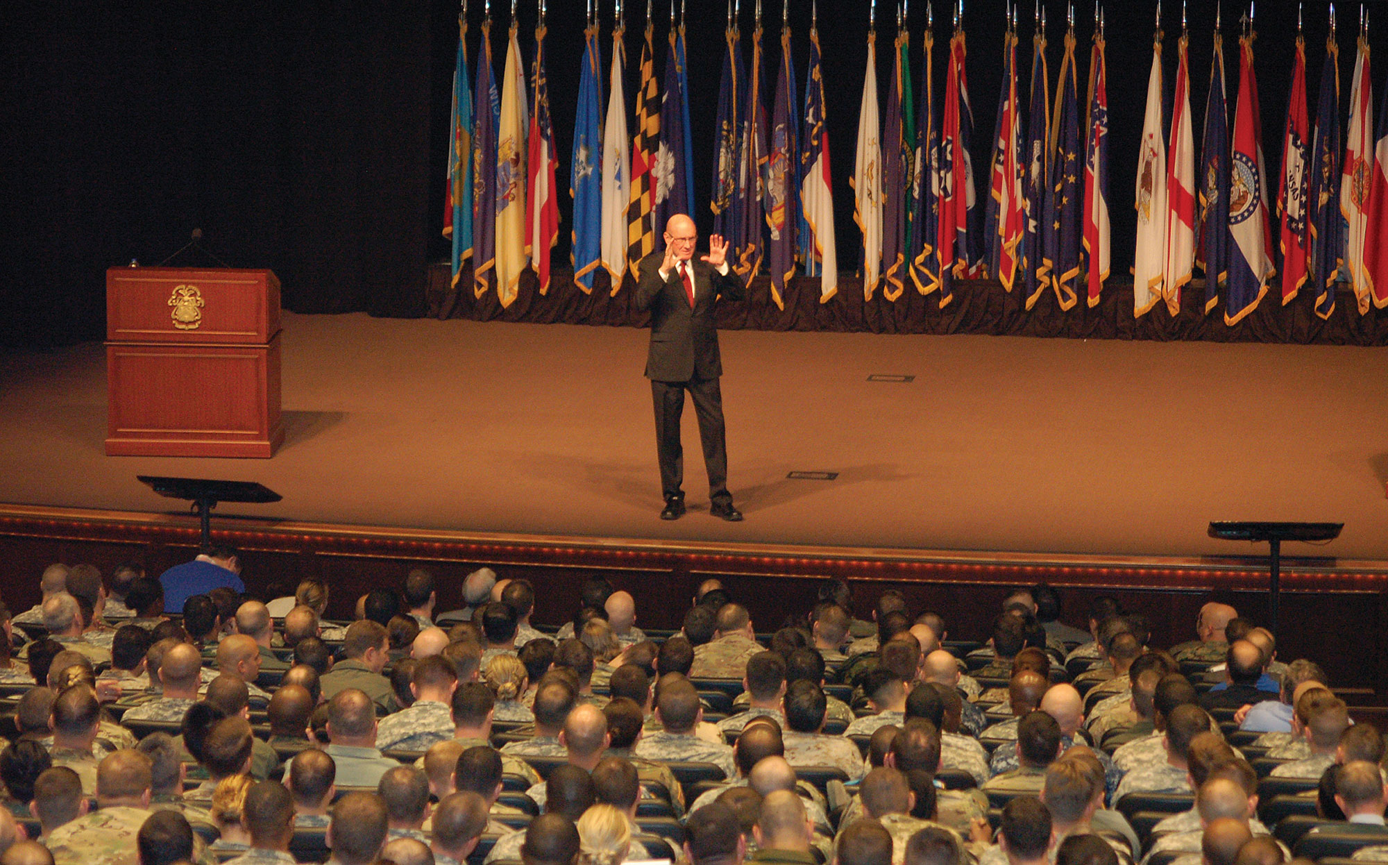 """Hyrum Smith presents his """"3 Gaps"""" lecture to CGSC students Jan. 26, 2016, in Eisenhower Hall of the Lewis and Clark Center on Fort Leavenworth. This would be Smith's last presentation at CGSC. (photo by Mark H. Wiggins)"""