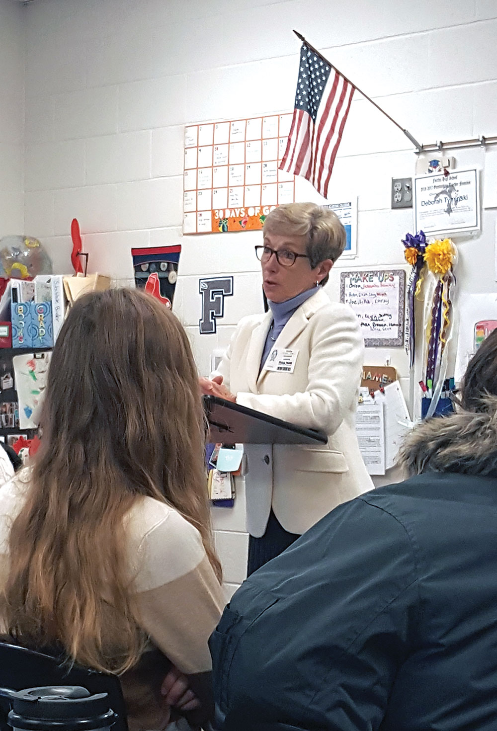 Ambassador Canavan speaks with students at Leavenworth High School Dec. 3, 2019, during her first visit to Fort Leavenworth as the CGSC Foundation's DACOR Distinguished Visiting Professor of Diplomacy. (Photo by Paige Cox)