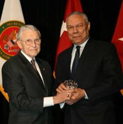 Throwback Thursday: Gen. Powell receives Distinguished Leadership Award