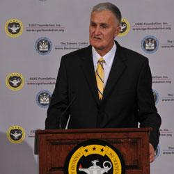 Throwback Thursday: Gen. Hugh Shelton receives CGSC Foundation's Distinguished Leadership Award