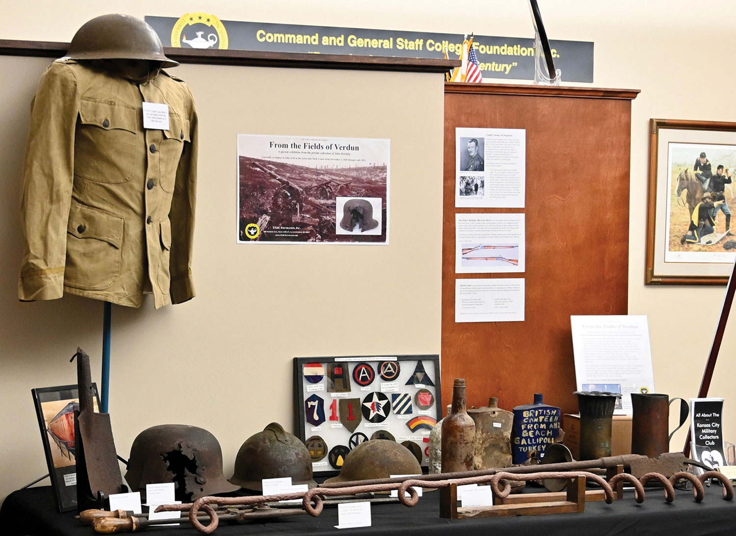 photo of the World War I display in the CGSC Foundation gift shop.